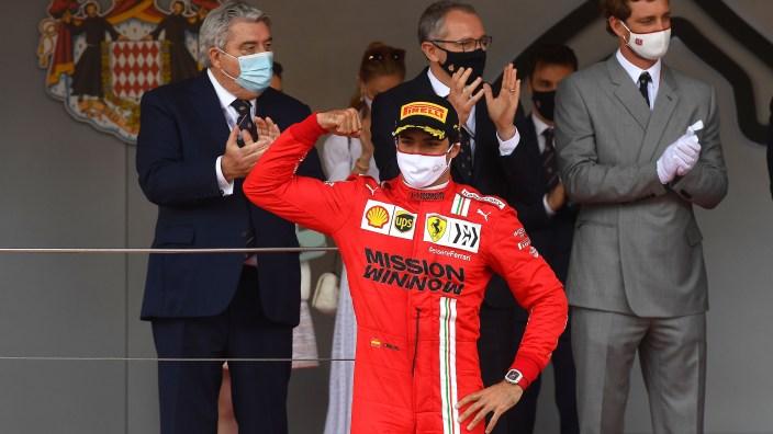 "Alonso, sobre Sainz: ""Ojalá podamos verle ganar una carrera pronto"""