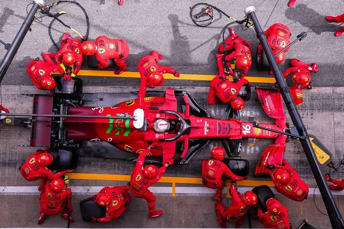 Domingo en España – Ferrari completa una buena carrera y reduce la diferencia con McLaren