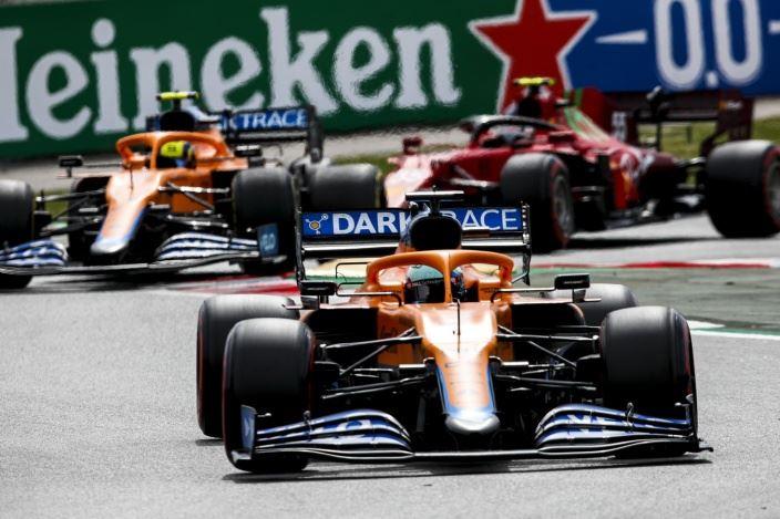 Domingo en España – McLaren: ha llegado el Ricciardo que esperábamos