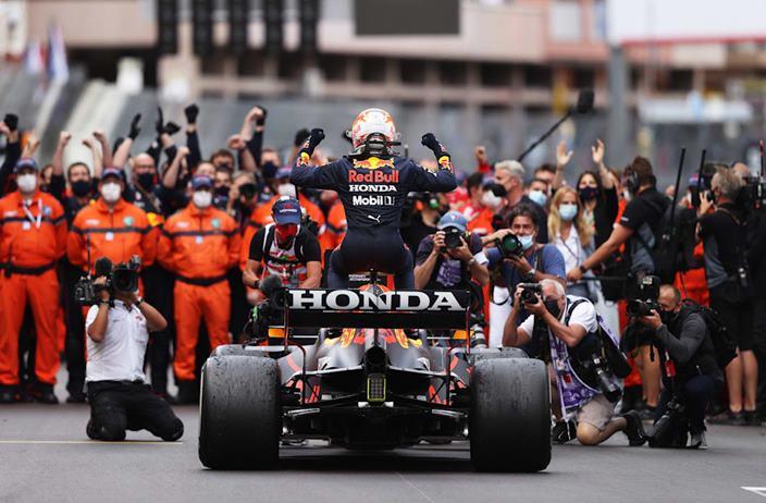 Domingo en Mónaco - Red Bull domina en la pista y en los campeonatos