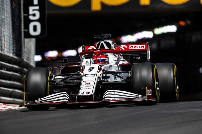 Jueves en Mónaco – Alfa Romeo se muestra competitivo en la zona media