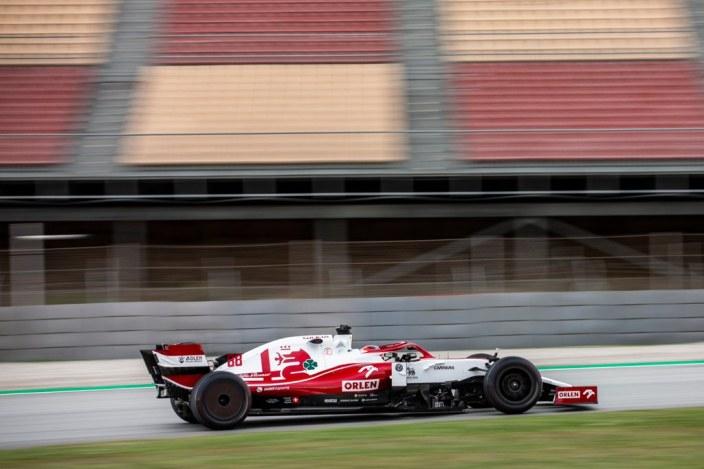 """Pirelli está """"al 80-90% de finalizar la construcción"""" de los neumáticos de 18 pulgadas"""