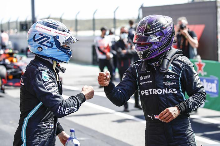 Sábado en Portugal - Mercedes domina la primera fila