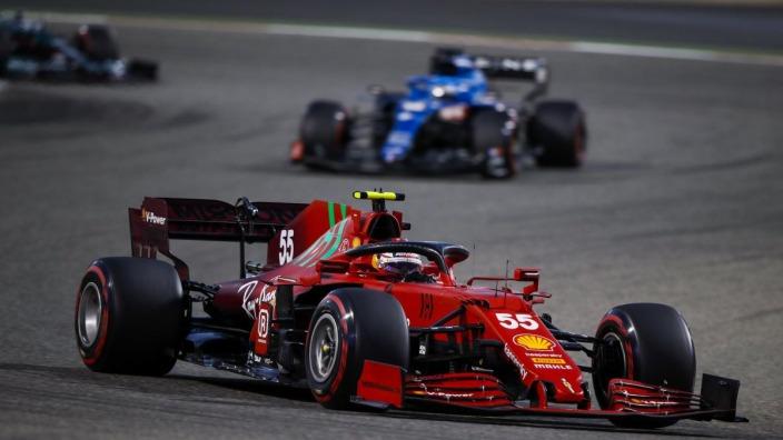 """Sainz se alegra por Alonso: """"Creo que Alpine ha mejorado y van a estar ahí"""""""