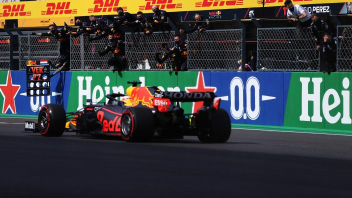 "Wolff ve ""con mucha lógica"" una unión de Red Bull con Audi o Porsche"
