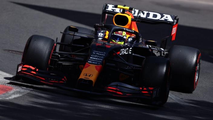 Sábado en Azerbaiyán - Red Bull: tercero y séptimo en una accidentada clasificación