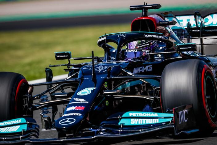Lewis Hamilton se lleva la pole position para el GP de Hungría