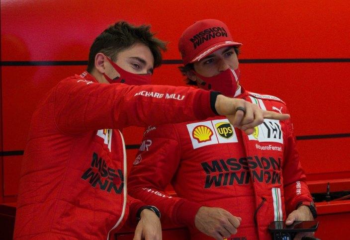 "Leclerc elogia a Sainz: ""Es un tipo muy inteligente"""