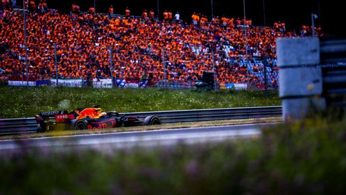 """Verstappen es cauto: """"Todavía quedan muchos puntos que conseguir"""""""