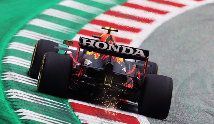 Viernes en Austria - Red Bull: Verstappen cumple y Pérez desaparece