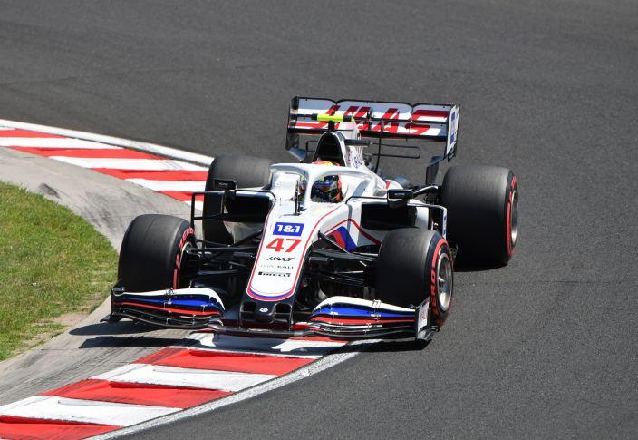Viernes en Hungría – Haas se mezcla con Alfa Romeo en los libres del Hungaroring