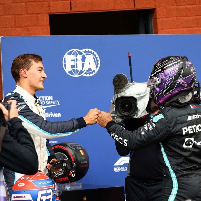 Sábado en Bélgica – Mercedes termina batido por Max y Russell en caótica calificación de Spa