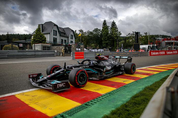 Viernes en Bélgica – Mercedes comparte el liderato del las primeras prácticas libres en Spa