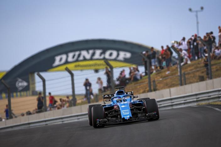 Alonso quiere más podios y por méritos propios