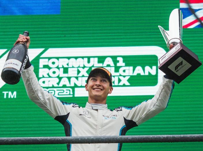 """Russell, sobre cómo consiguió su primer podio: """"No importa"""""""
