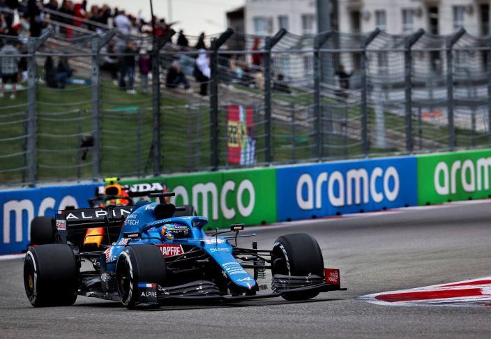 Domingo en Rusia - Alpine: Alonso vuelve a mostrar su magia