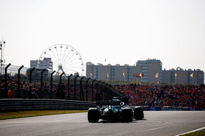 Sábado en Holanda - Aston Martin, frenado en clasificación
