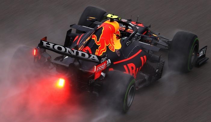 Sábado en Rusia – Red Bull tendrá que remontar en carrera