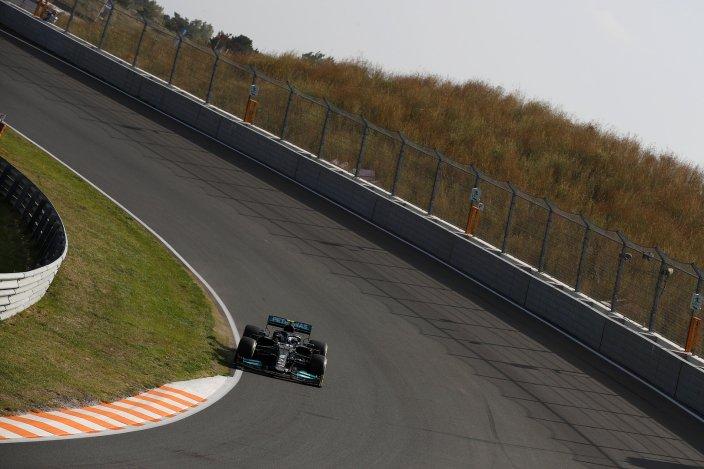 Viernes en Holanda - Mercedes con esperanzas a pesar de los problemas