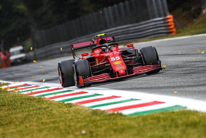Viernes en Italia - Ferrari