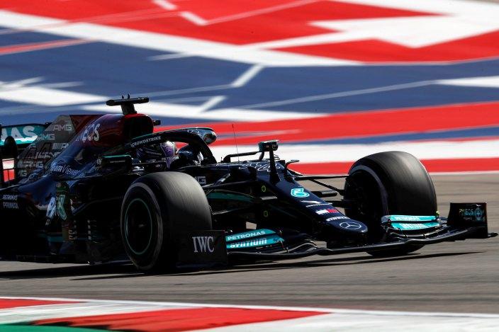 Domingo en Estados Unidos – Mercedes: Hamilton pierde la victoria ante un imponente Verstappen y Bottas solo es 6°