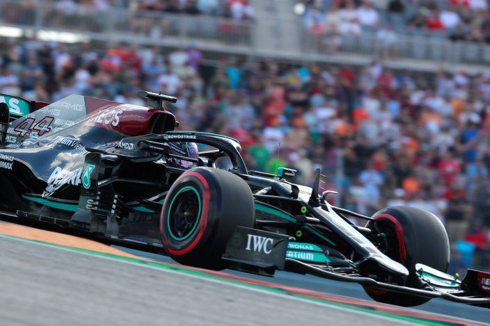 Sábado en Estados Unidos - Mercedes: Hamilton se cuela entre ambos Red Bull y saldrá 2°