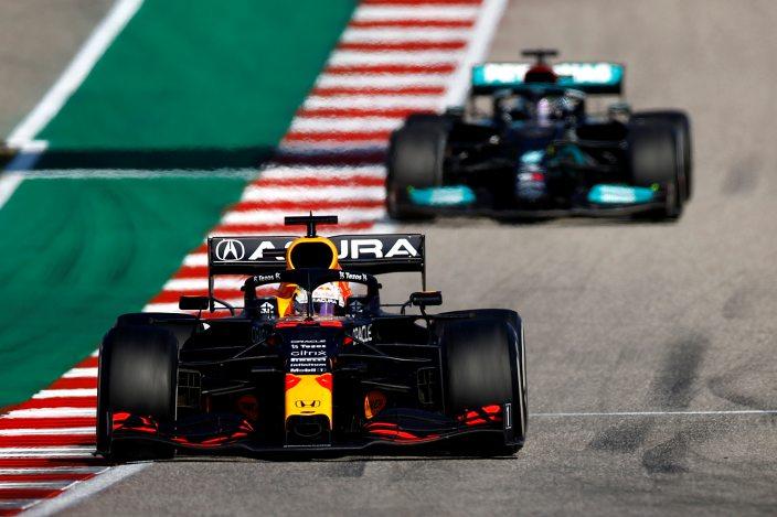 Verstappen vence en Austin y estira la ventaja en el campeonato sobre Hamilton